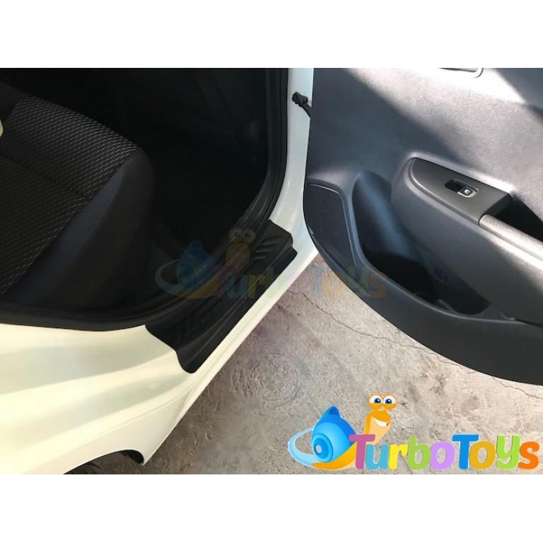 Накладки на внутренние пороги дверей KIA RIO IV седан 2017- tb12045